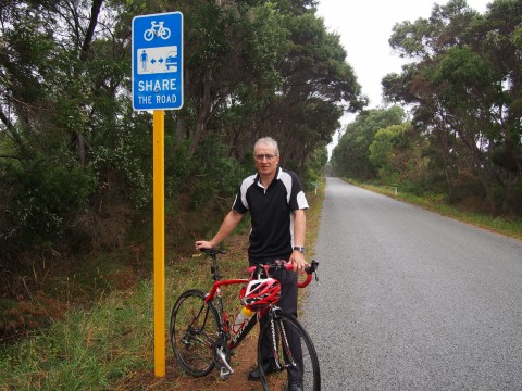 New signs encourage sharing the road image